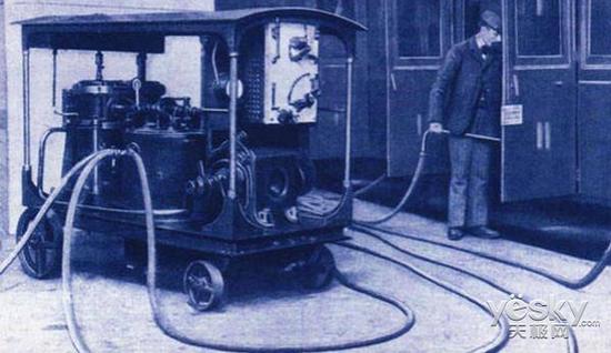 扫地机器人发展史,第一台到底长什么样呢?
