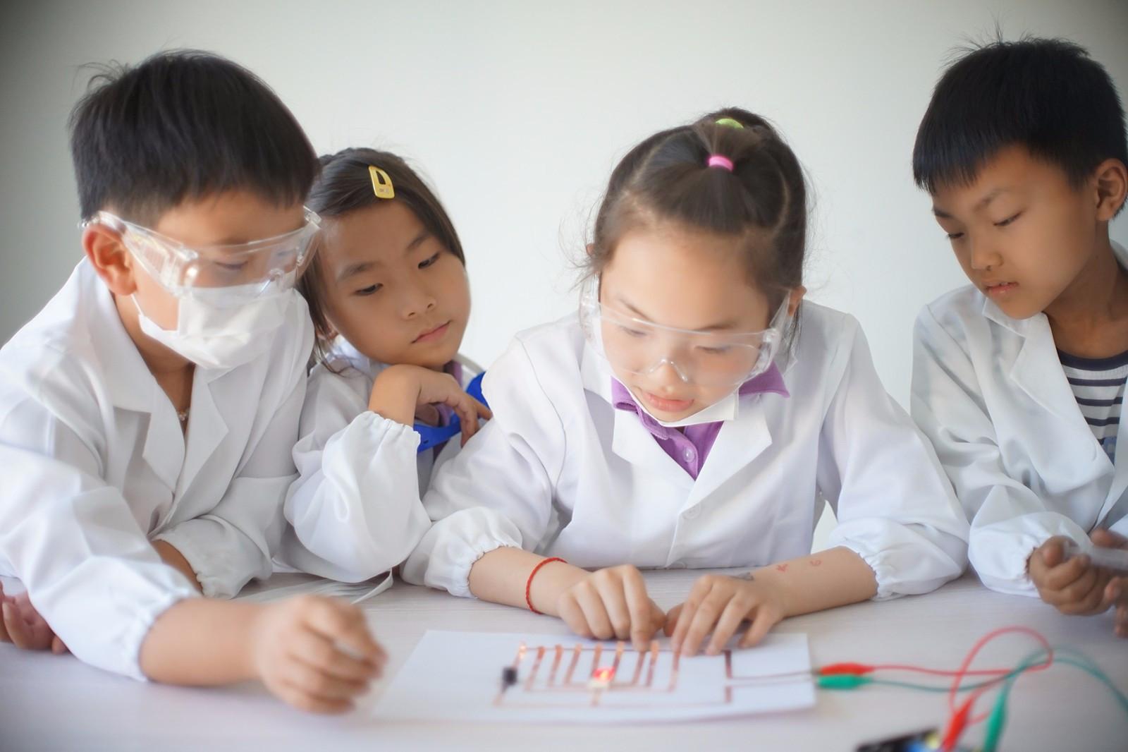 面向校外学习的STEM教育产品提供者