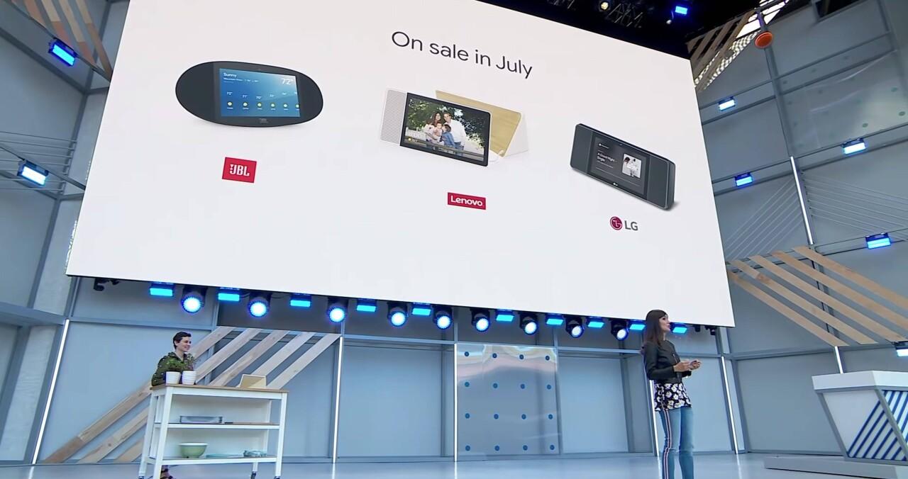 左拳亚马逊,右拳苹果:谷歌的机遇与隐患